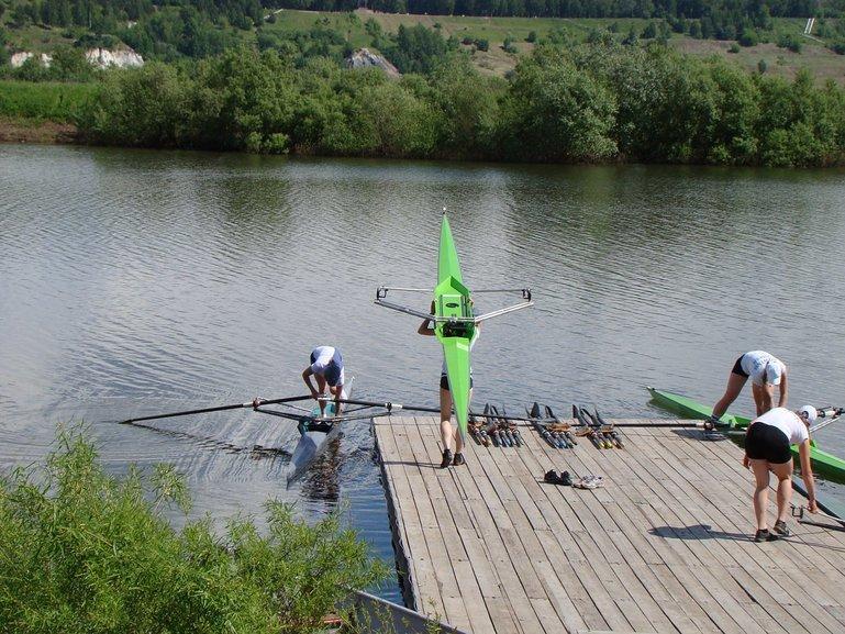 Спортивная база на озере Сенная Курья