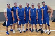 Команда ТУСУРа по баскетболу победила в сибирском турнире среди ветеранов 40+