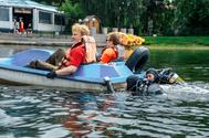 Экологический десант аквалангистов ТУСУРа провёл очистку Белого озера с металлоискателем